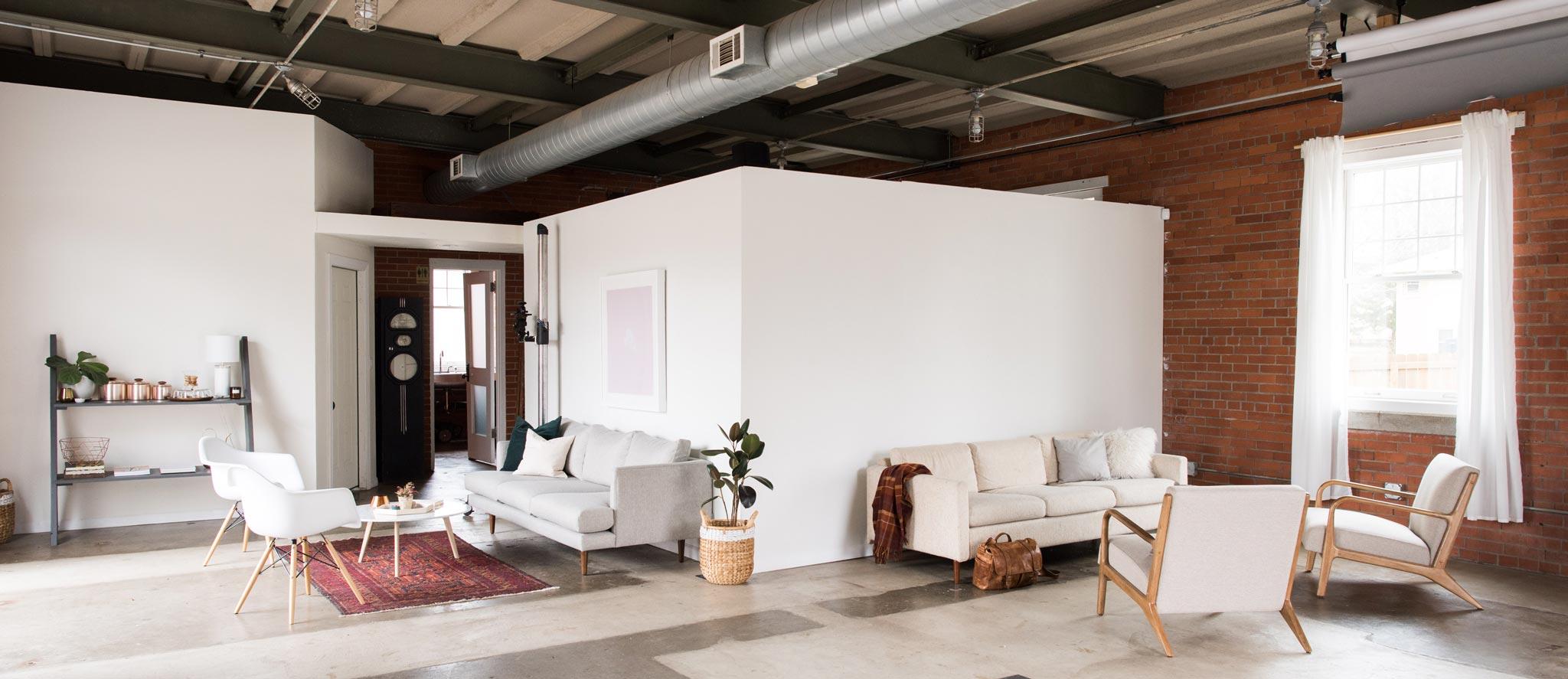 water-house-photography-studio-rental